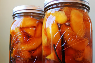 Peaches in Vanilla Brandy || Hitchhiking to Heaven