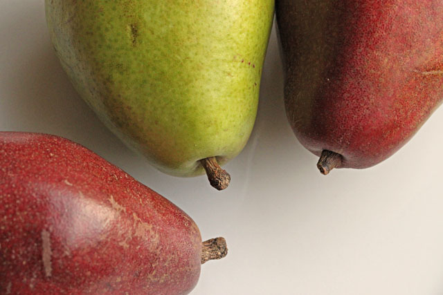 Green and Red D'Anjou Pears