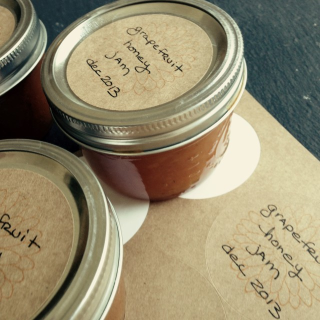Grapefruit jam or marmalade sweetened with honey